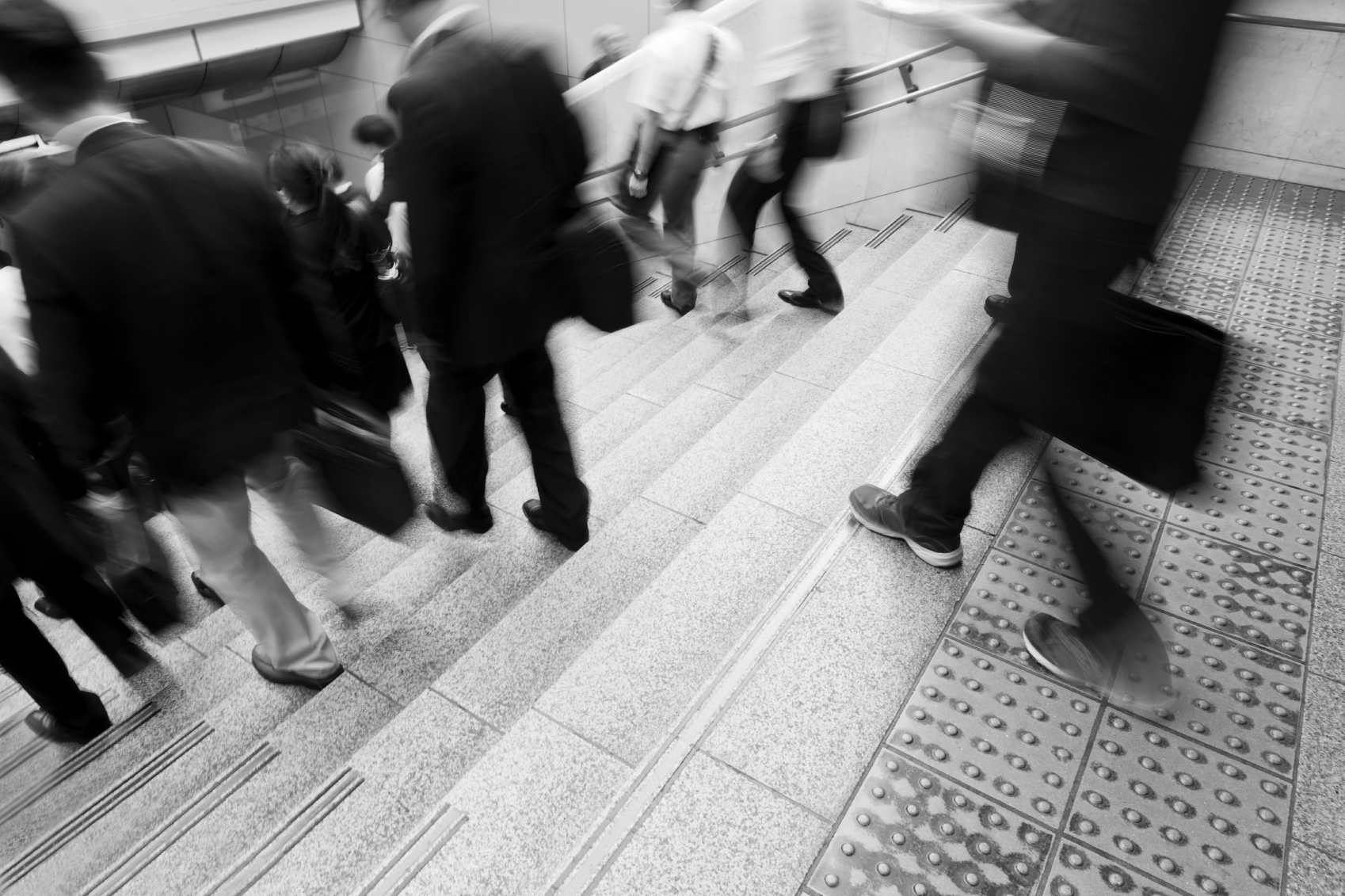 iStock_Tokyo_Walk_Medium